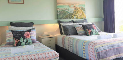 Twin Room Ocean View Accommodation at Ocean View Motel - Mollymook NSW
